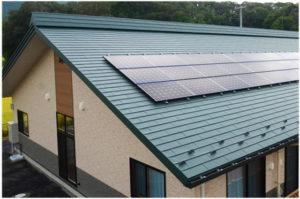 稲垣商事の金属屋根材のヒランビーの施工写真