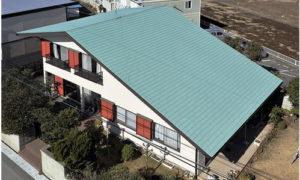 稲垣商事の金属屋根材のヒランビーを神奈川営業所から直接引取り可能